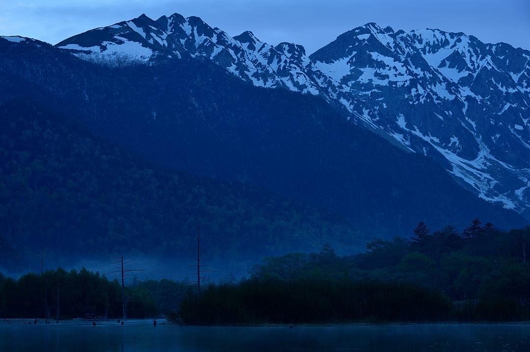 【04:49】 川霧が立つ