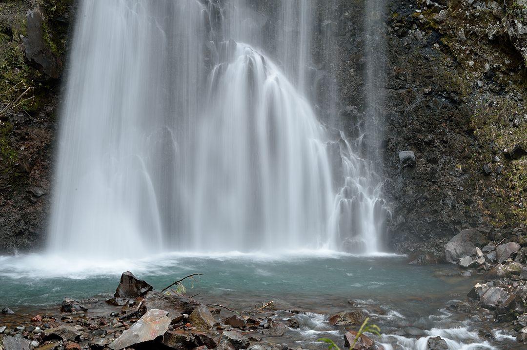 【12:06】 善五郎の滝・滝壺