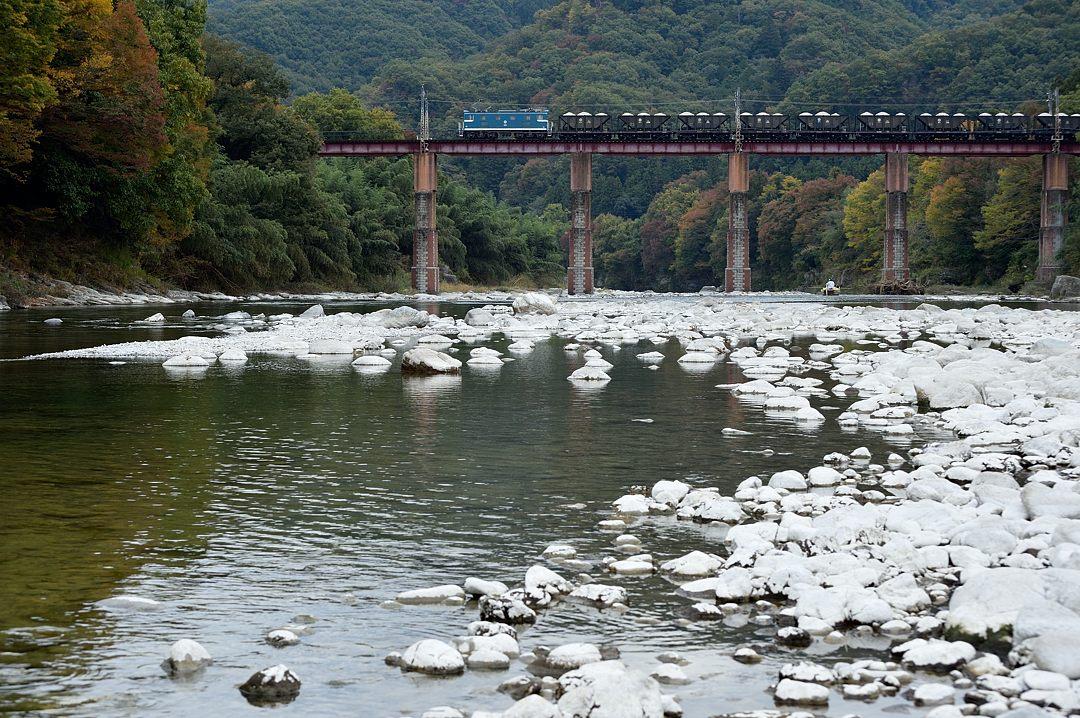 【12:26】上り・貨物列車