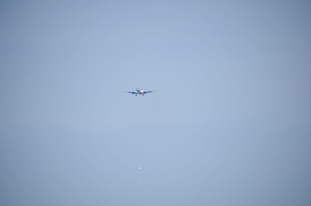 連なる着陸機