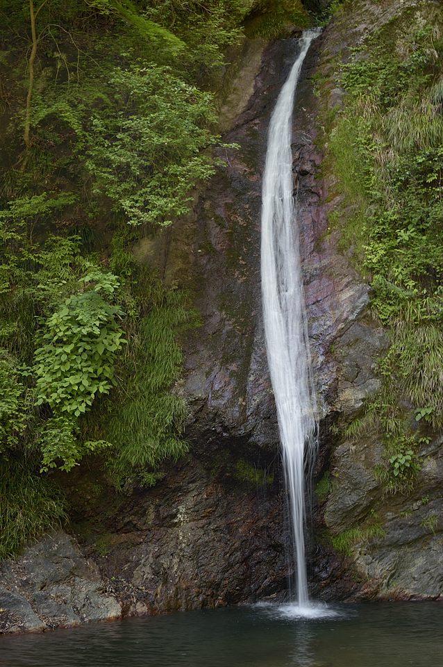 【14:07】 華厳の滝