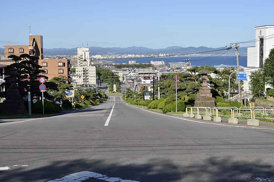 護国神社坂からの眺め