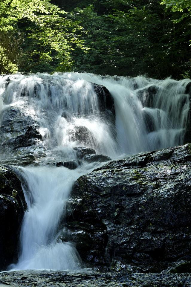 滝の落ち口