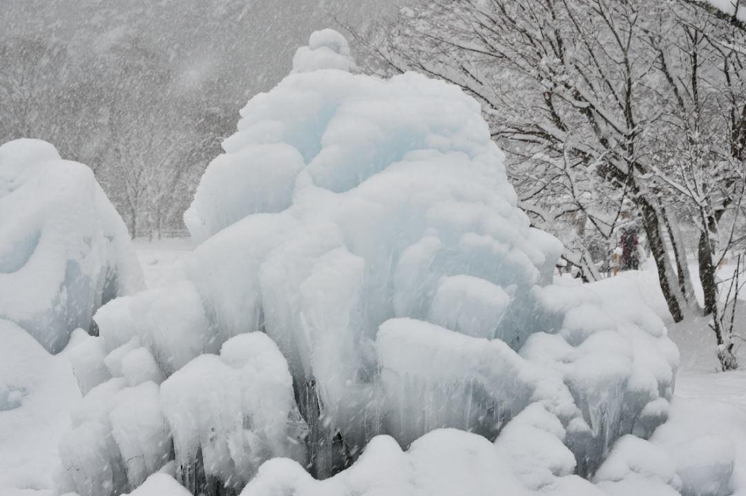 凍った水の造形