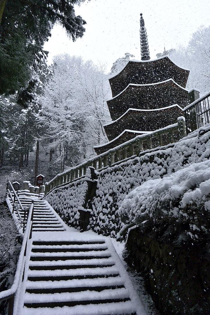 安楽寺・八角三重塔(国宝)