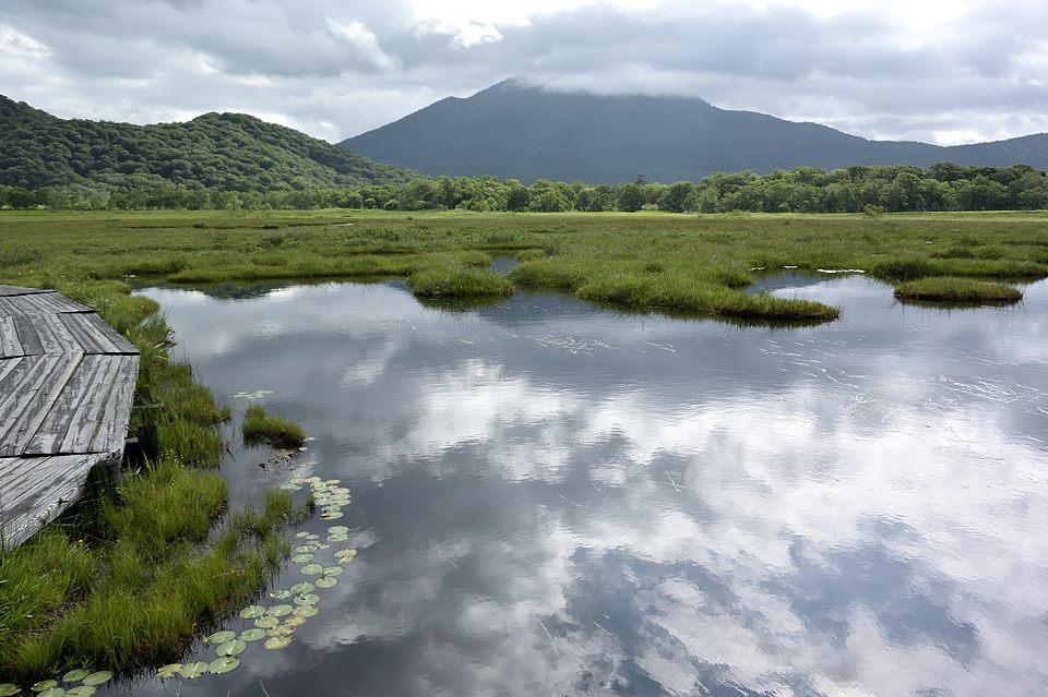 イモリ池からの燧ケ岳