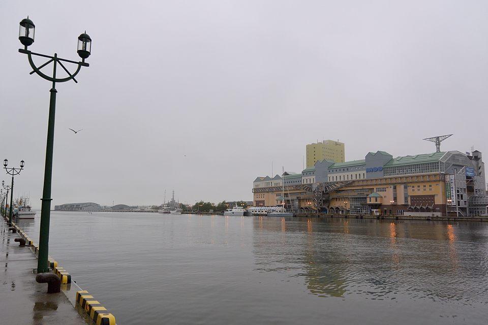 【04:51】 釧路港