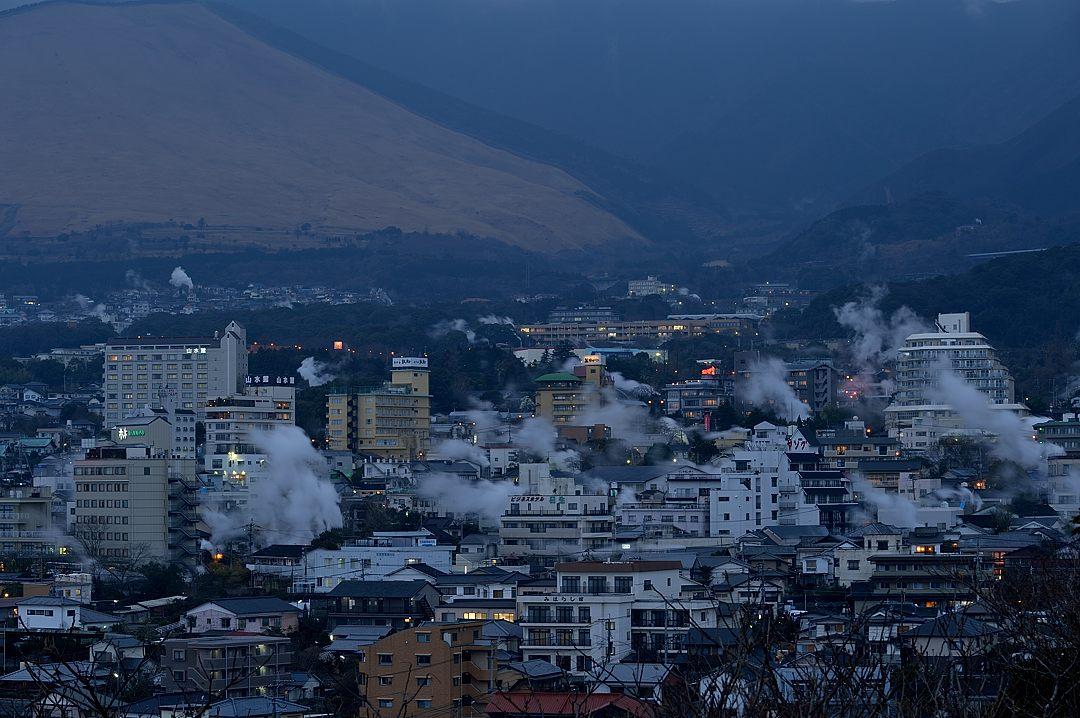 【18:20】 別府温泉の夜景