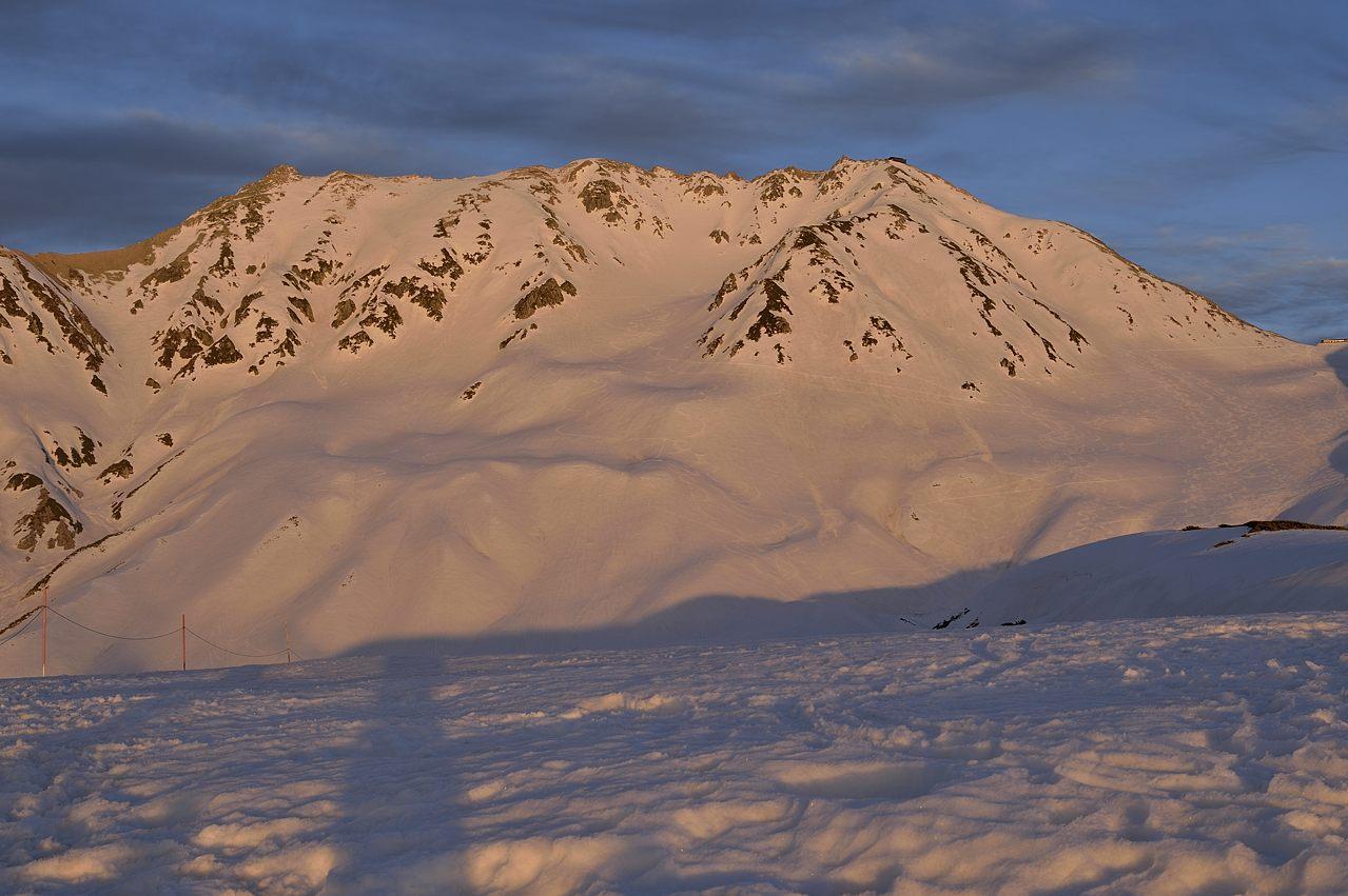 染まる立山三山