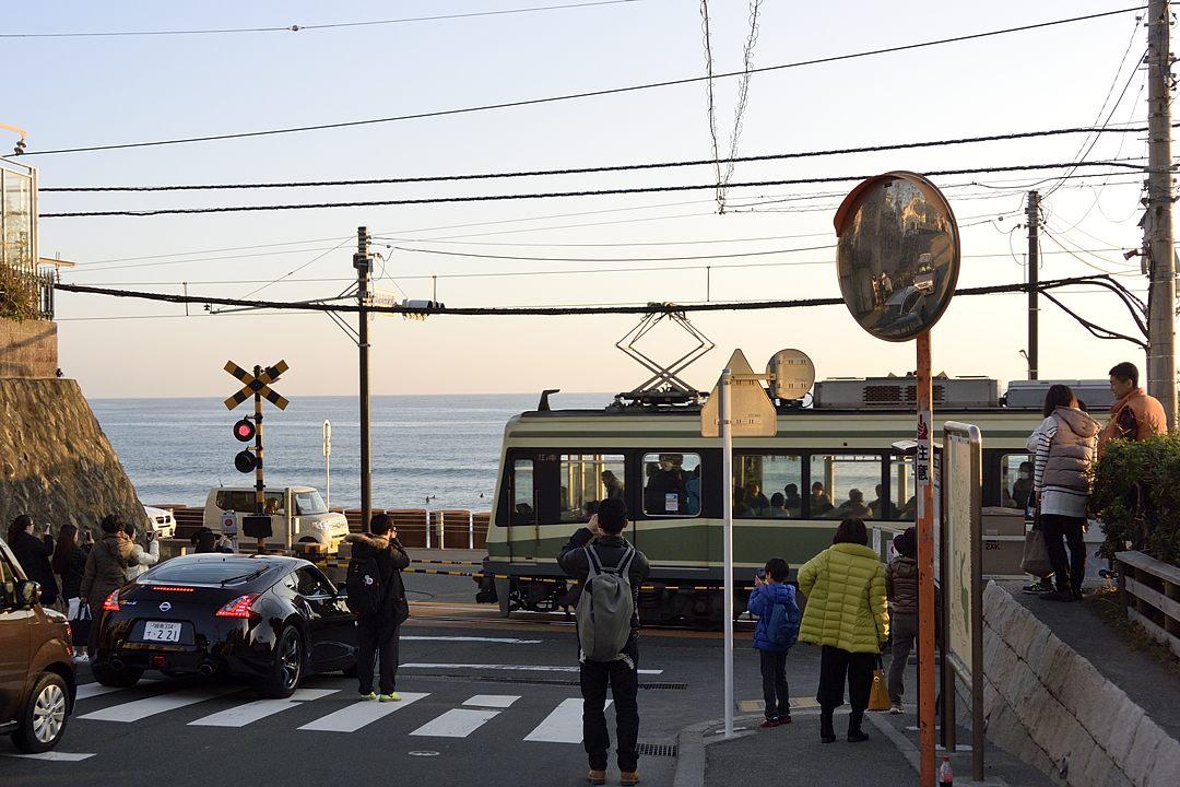 鎌倉高校前の踏切